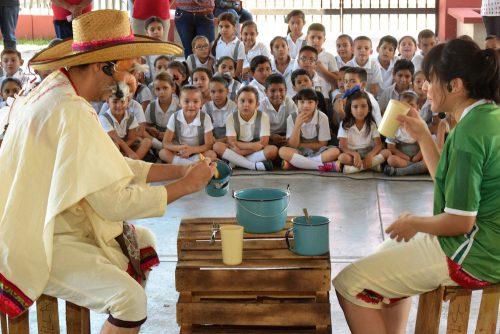 ISC-evento-cultural-en-escuela-500x334